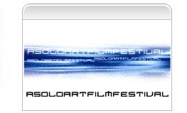 2002 / Dalla didattica multimediale alla web-art